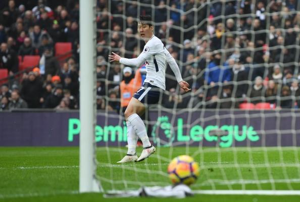 Tottenham-Hotspur-v-Huddersfield-Town-Premier-League-7